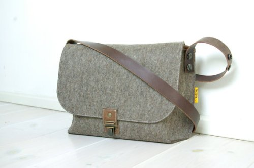Small Messenger Bag by RAGZ.NL on Etsy